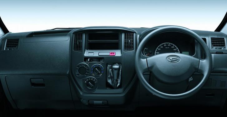 Interior Daihatsu Granmax