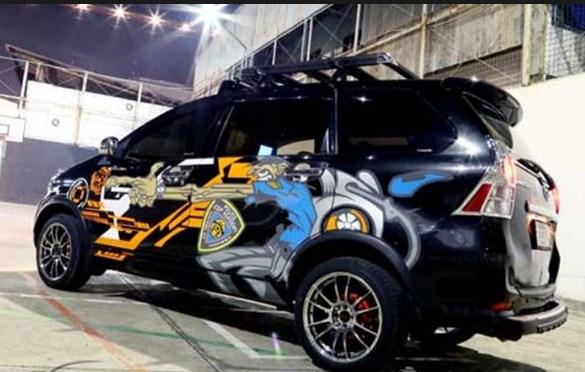 modifikasi mobil avanza hitam terbaru