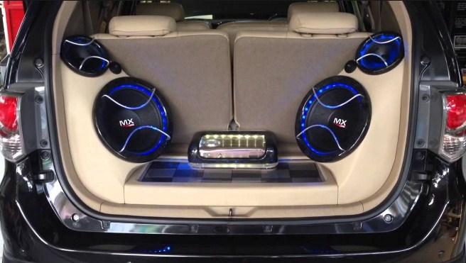 modifikasi mobil ayla audio